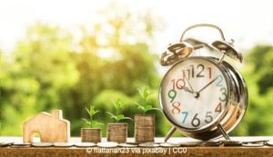 Investition vs. Ausgabe (Bild: nattanan23 via pixabay, CC0)